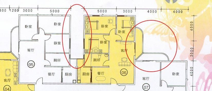 根据平面图,楼盘设计为正方形,单侧两单元.