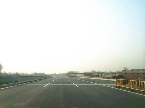 秦皇岛宁海大道部分通车 全线打通只差最后4公里
