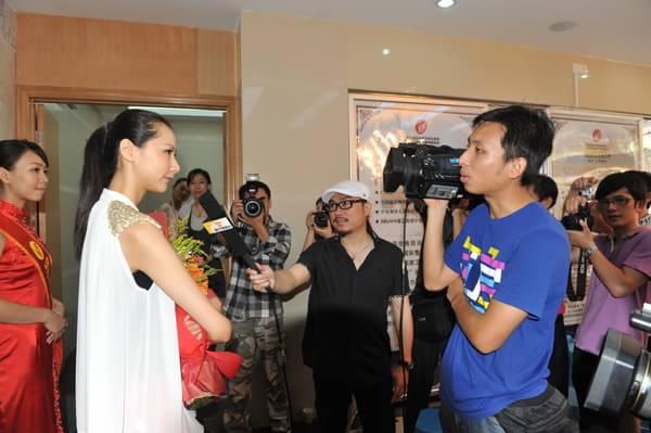 cctv模特大赛冠军郭思雅签约瑞康整形代言人